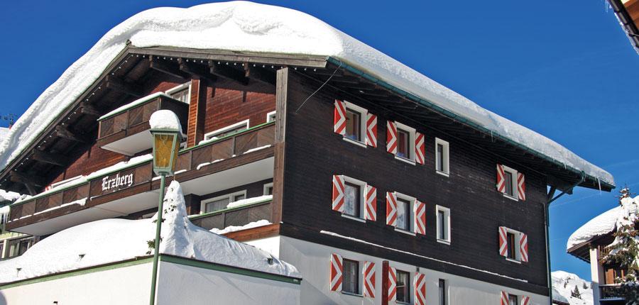 austria_arlberg-ski-area_zurs_hotel_Erzberg_exterior.jpg